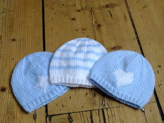 Knitting Pattern Preemie Baby Hat : Premature Baby Hat: Blue and white stripe knitted beanie for