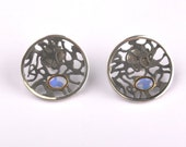 Opal Sterling Silver Earrings - Black silver studs - Round filigree earrings - Opal earrings
