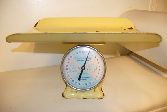 Vintage American Family Nursery Scale - Baby Scale