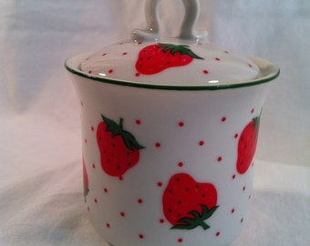 Vintage strawberry ceramic sugar bowl with lid, made in Japan