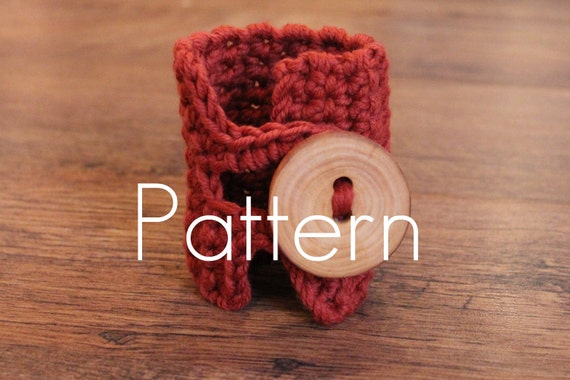 PDF crochet pattern - Wide wrist cuff/bracelet with stunning button closure - Listing04