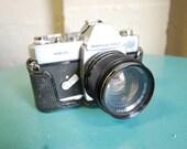 Vintage Pentax mamiya/sekor Camera