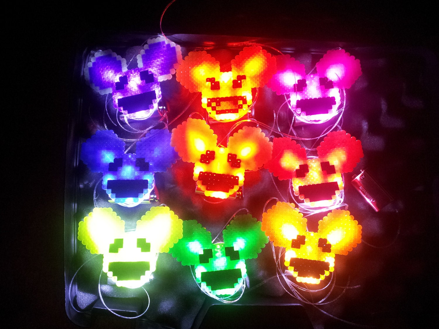 Custom Light Up Glow Necklace Pin Rave Kandi Deadmau5 Led