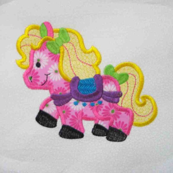 PRETTY PONY Applique and Embroidered Quilt Block by Amy