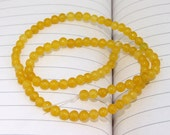 """strand Round Yellow Jade Beads----4.5mm ---- gemstone beads--- 15.5"""" in length"""