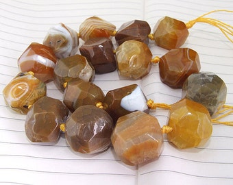 "Knotted Full Strand Coffee Faceted  Agate Beads ----- 25-32mm ----- about 12Pieces ----- gemstone beads--- 15"" in length"