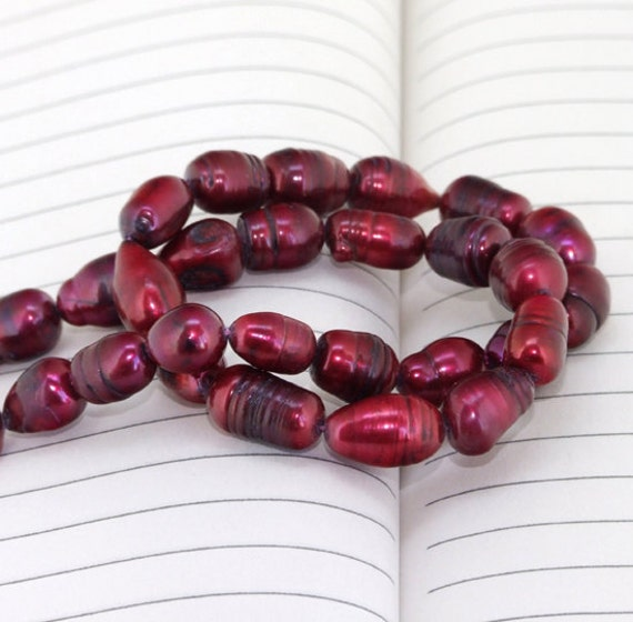 One Full Strand--- Rice Red Pure Freshwater Pearl----9-13mm----about 25 Pieces----15 inch strand
