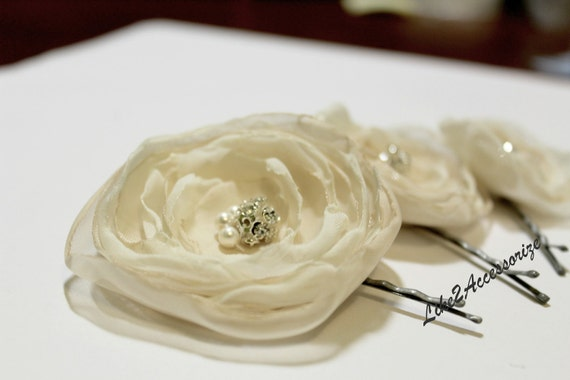 Champagne Ivory Flower Hair Clip Bridal Hair Flower Wedding Hair Accessories Bridesmaid Hair Piece Bridal Headpiece Wedding Flowers for Hair