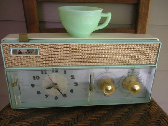 RESERVED Vintage Mint Green Arvin Radio Alarm Clock
