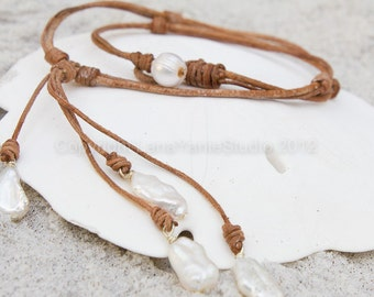 Leather pearl necklace - pearl leather jewelry - white pearl necklace - white pearl lariat