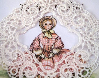 """Venice Lace Embroidered Frame Applique, Ivory, 4"""" x 4"""" inch, x 1, For Scrapbooks, Cards, Mixed Media, Victorian & Romantic Crafts"""