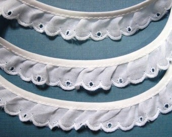"Cotton Eyelet Lace Ruffled Trim, White, 3/4"" inch wide, 1 Yard, For Dolls, Reborn, Scrapbook, Home Decor, Apparel"