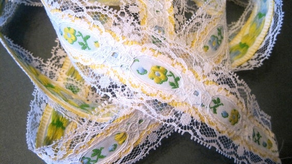 """Raschel Lace Beading with Flower Band, White / Green / Yellow , 1 1/2"""" Beading with 7/8"""" Embroidery, 1 Yard, For Victorian & Romantic Crafts"""