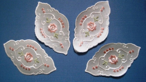 Satin Embroidery Applique, Baby Pink / Ivory x 4, For Heirloom, Reborn, Dolls, Accessories, Home Decor, Victorian Crafts