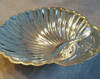 Vintage candy dish , seventies silverplate dish ,  shell dish , Candy or jewelry dish , set of 4