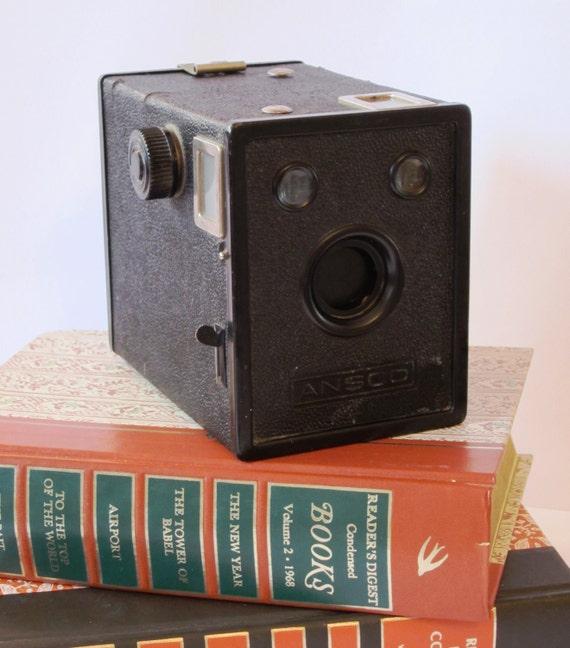 1930s Ansco Box Camera Model B-2 Cadet