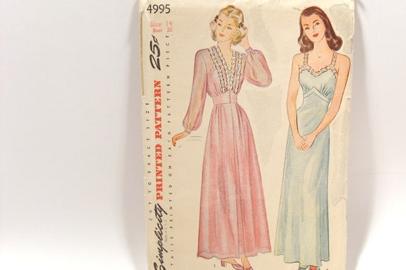 Simplicity Vintage Nightgown Pattern 4995 Size 14