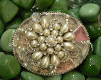 Mosaic Sea Glass Belt Buckle,  Pearl Rhinestone Nautical Beachwear, Beach Glass Pearl Cluster Gift, Womens Belt Buckle, Silver Pink Belt