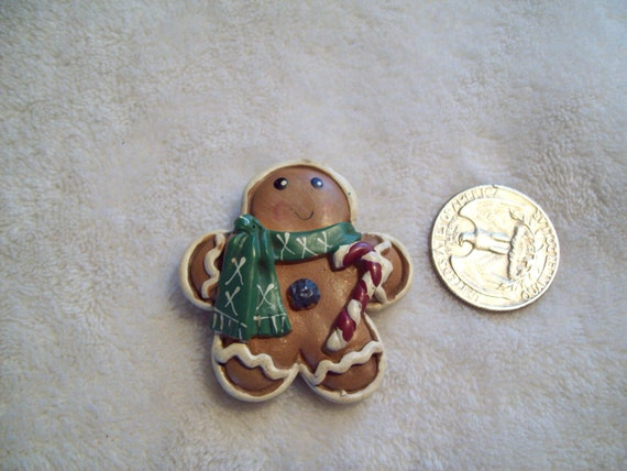 Vtg Christmas Pin-GingerbreadMan-X140-Only 2 Dollars-WOW