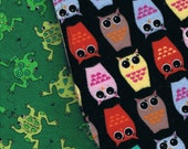 2 100% cotton Burp Cloths.  Owls and Frogs