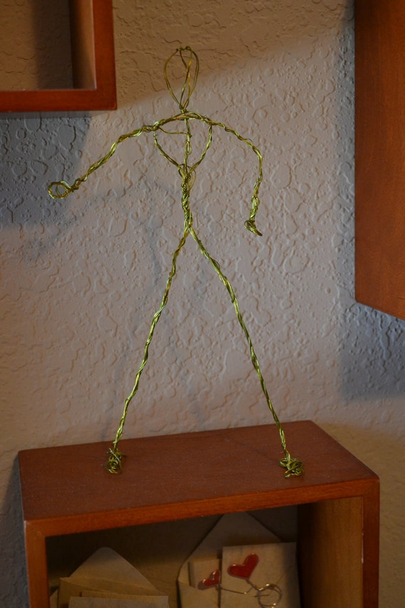 Free-standing Wire Sculpted Human Figure