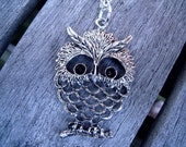 Owl necklace, in silver, vintage inspired
