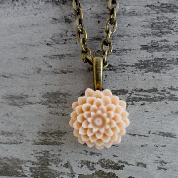 Light Beige Chrysanthemum Flower Necklace Vintage Inspired Romantic Wedding Cabochon Flowers, B