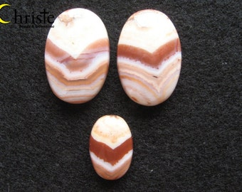 Peach - ivory - brown V Banded Agate Cabochon set of 3 oval 15x25mm (2pcs) 10x15mm (1pcs)