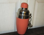 SALE 20 % Off Coupon Code SPRINGSALE / Sleek Looking Shaker For Mixing Mixed Drinks