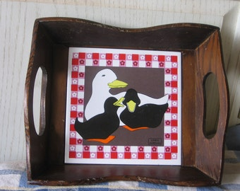 Wood Tray,  Mommy Duck and two Babies Tray Sweet by Linda Morgan, Vintage Wood Tray, Country Decor, Farm house Decor, Ducks,   :)s*iof
