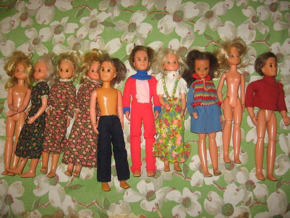 Group of 10  Sunshine Family Dolls