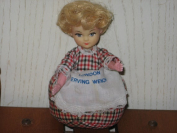 Vintage Little Girl pin Cushion LONDON SERVING WENCH On her Apron Sewing