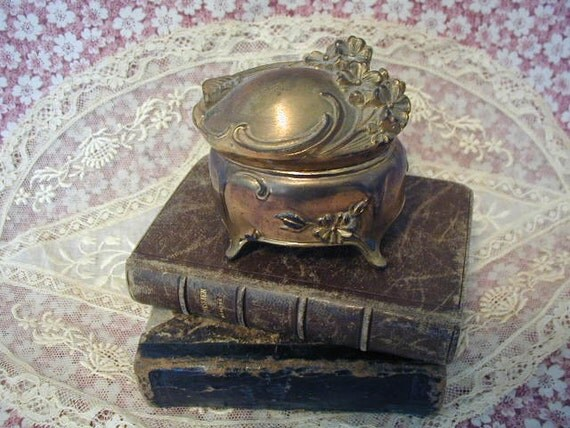 Antique Art Nouveau Jewelry Box Small and Dainty, Perfect for an Engagement Ring