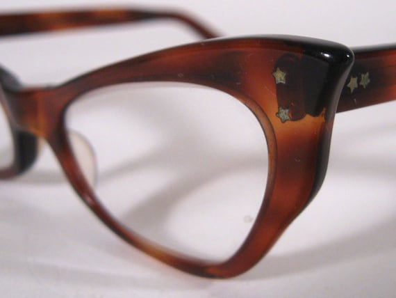 Vintage Classic CAT EYE Glasses with Brown Tortoise Shell Frames