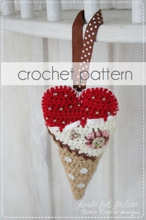 Scrappy Heart Decoration - crochet pattern/eBook