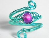 Adjustable Herringbone Wire Ring - Electric Blue Wire - Fuschia Miracle Bead
