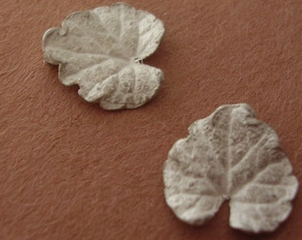 cast silver ivy leaves metalsmithing component supplies UL010-2