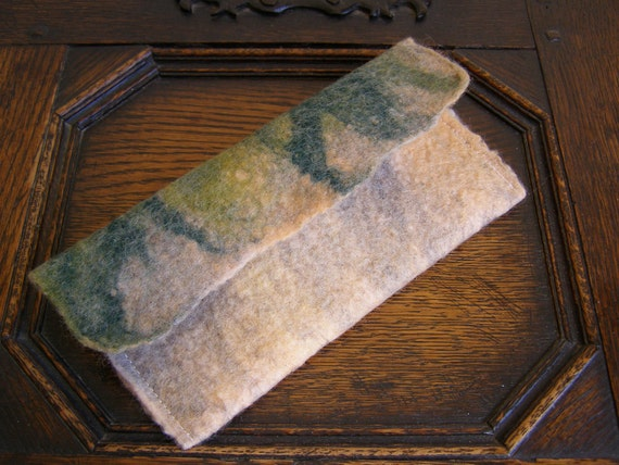 Felted Glasses Case 'Seashore'