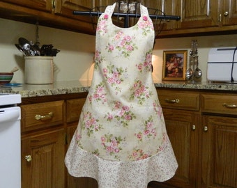 Ladies Full Apron, Flower Apron, Woman's full Apron / Retro Style / Full Designer Kitchen Apron