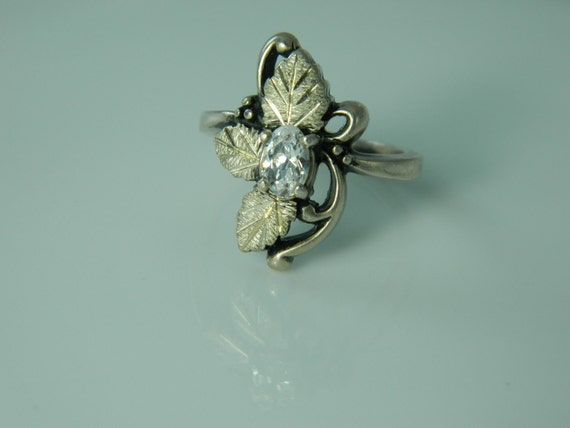 Vintage Sterling Silver Ring With Crystal Clear Stone