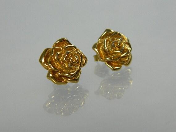 Rose Earrings Goldtone Pierced Vintage Costume Jewelry