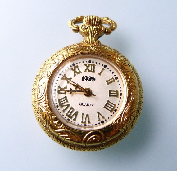 Quartz Brooch Pin Watch - Marked 1928