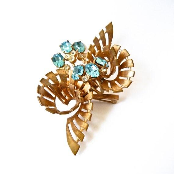 Vintage Brass Blue and White Rhinestone Floral Spiral Brooch