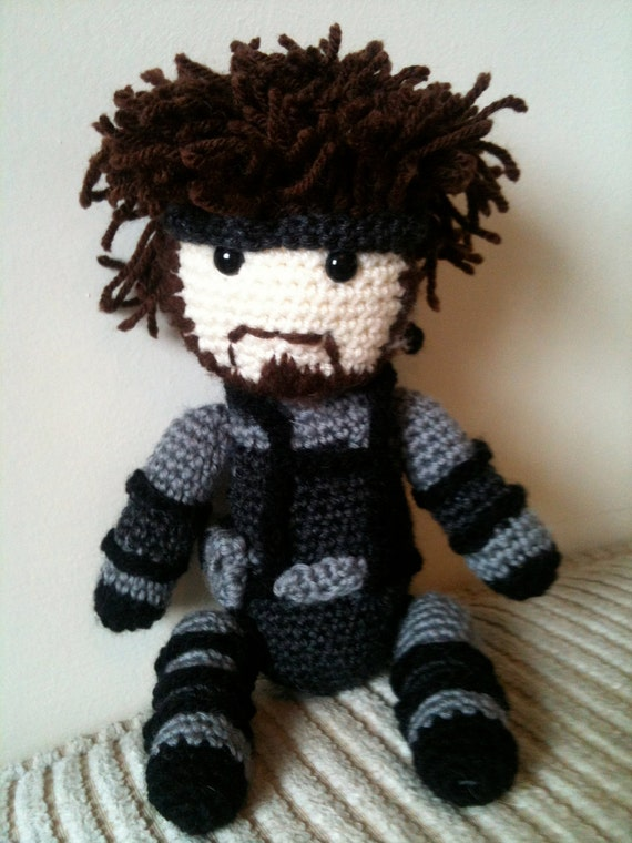 Solid Snake Amigurumi : Solid Snake crochet amigurumi doll.