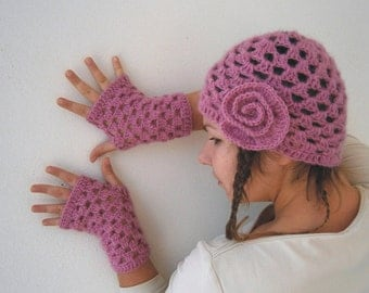 Pink Mohair HAT And Fingerless GLOVES With Delicate Flower