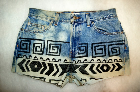 High Waisted Vintage Dip Dyed Tribal Print Shorts Size 5/6