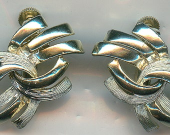 Vintage CORO Earrings.  Signed, Clip on Style in Silver tone, Patent Number 280950