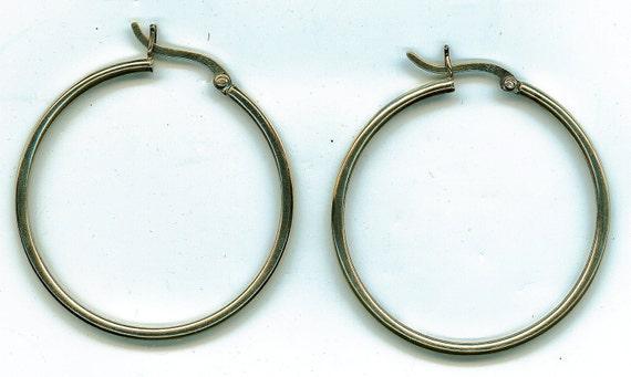 Vintage Sterling Silver Loop Earrings.  Signed AVON and Stamped 925