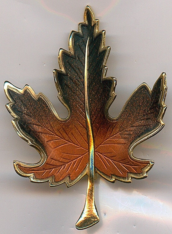Vintage Leaf Brooch.  Sycamore Leaf in Gold Tone with the Colors of Fall