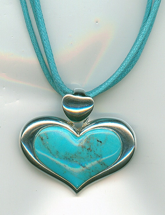 Vintage Turquoise Necklace.  Sterling Silver and Turquoise Heart Shaped Pendant, Silver Necklace